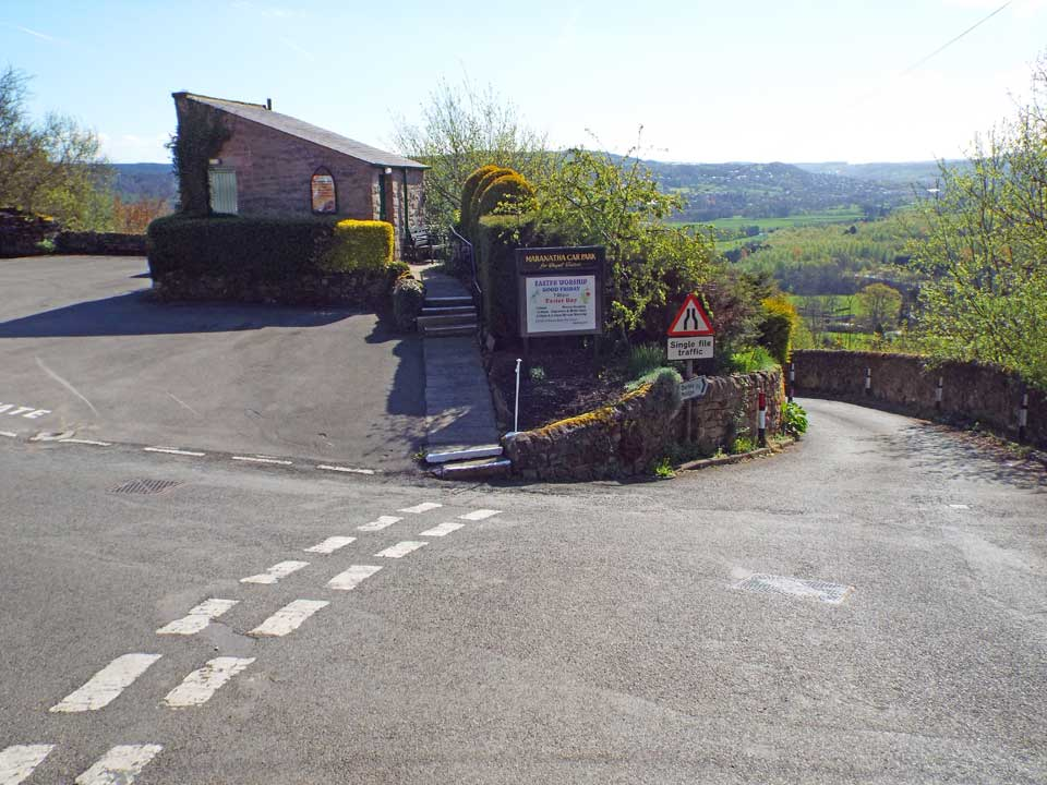 The road to the right leads to Darley Bridge and the A6